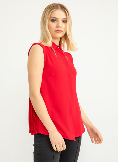 Foremia Arkası Şifon Piliseli Yaka Detay Gömlek Kırmızı